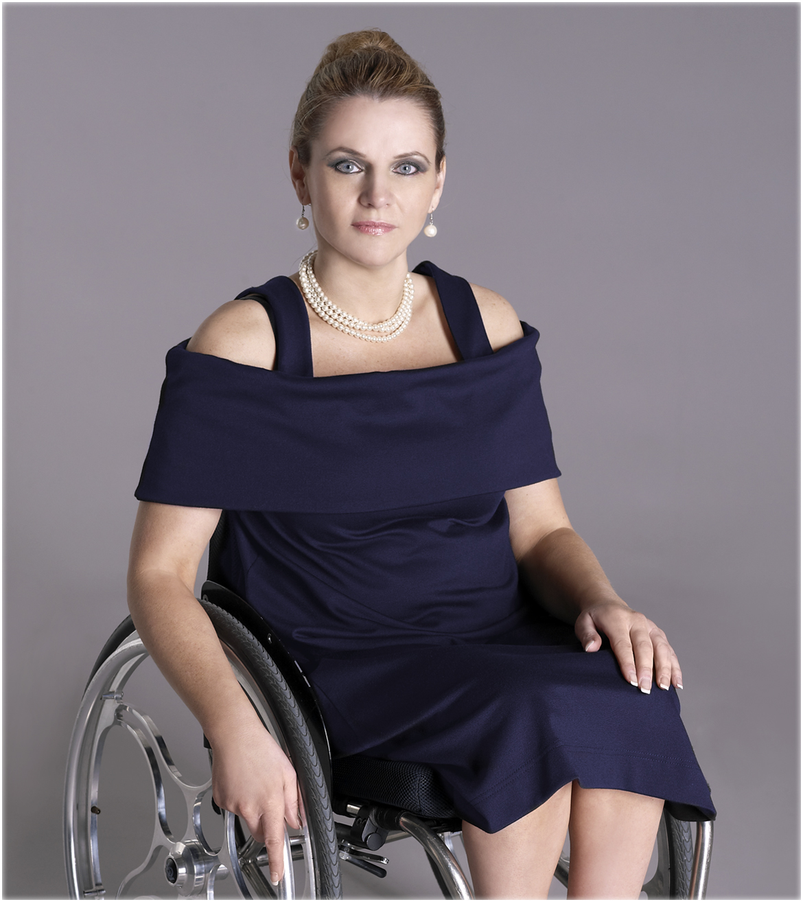 Xeni Fashionable Clothing For Disabled Women