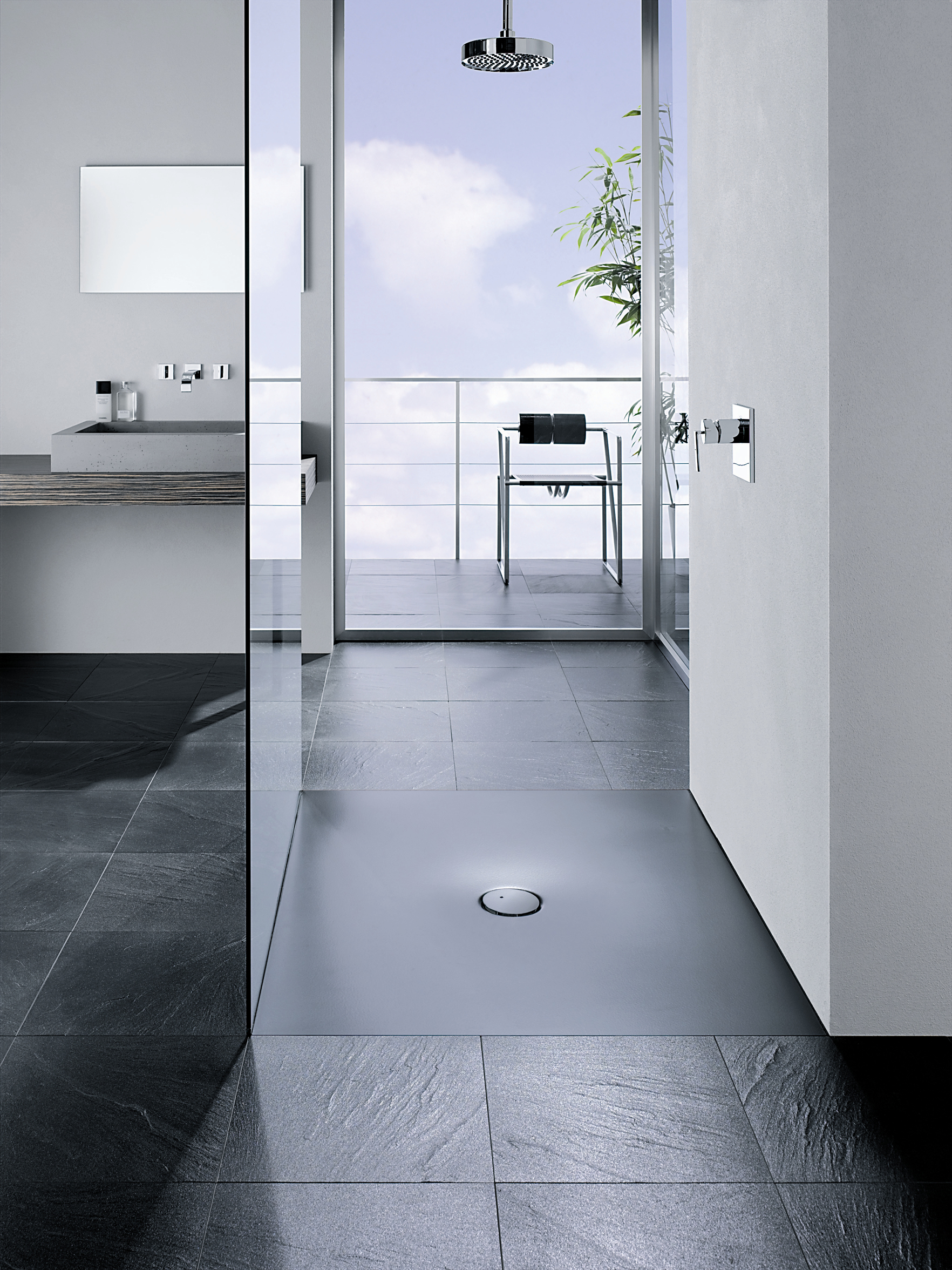 Slip resistant shower tray