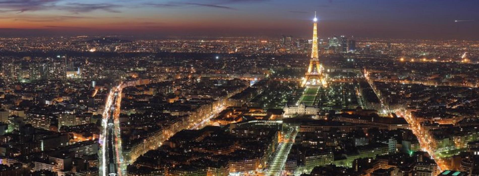 How to access Paris
