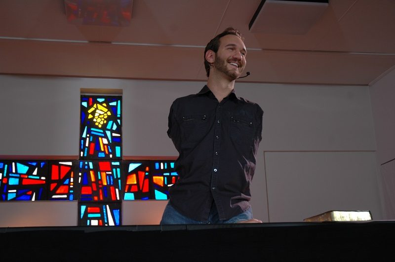 Nick Vujicic speaking about his disability
