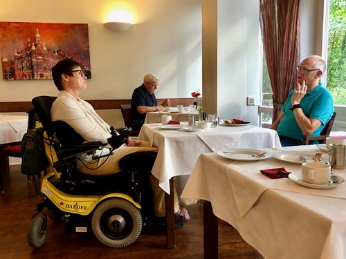 Breakfast at accessible Stadthaus hotel