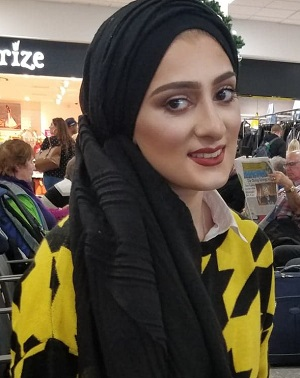 Disabled boxer Sannah Hussain in shopping centre