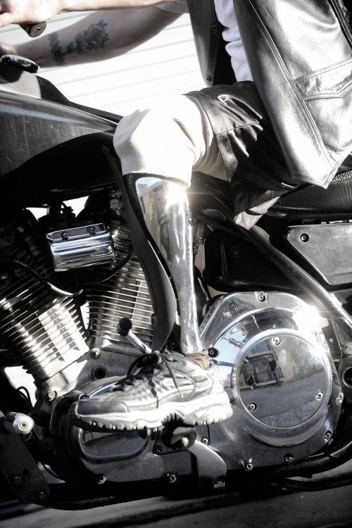 Bespoke Innovations metal leg