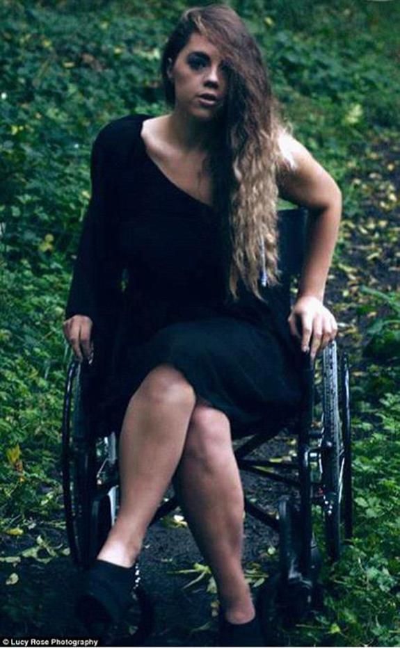9 - Katie Knowles