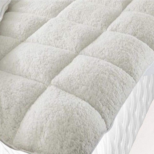 Fleece mattress topper