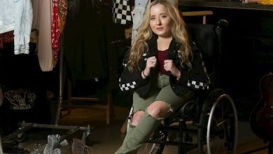 Photo of Ali McManus: a disabled singer with an unbreakable spirit