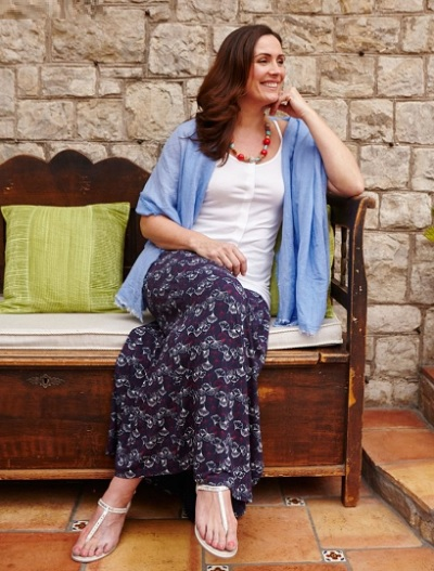 Adaptive clothing: Debbie maxi velcro skirt for disabled people