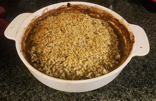 Carrie-Ann's chicken and vegetable crumble