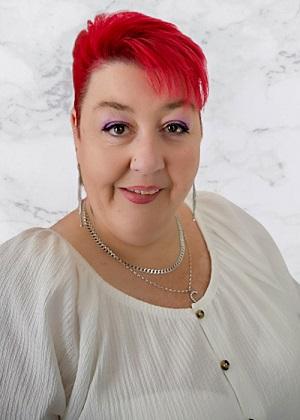 Caroline Bathurst headshot