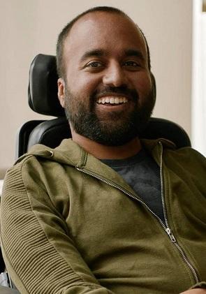 Srin Madipalli headshot