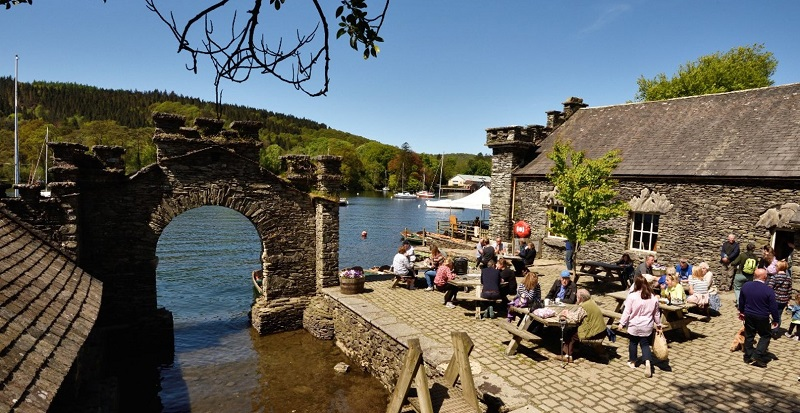 Fell Foot accessible cafe looking over a river by an ancient arch