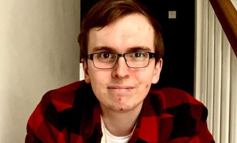 Photo of Liam O'Dell: Deaf vlogger and freelance journalist